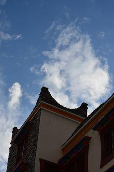 Tibet folk house & blue sky