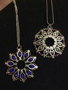 no link, just picture. would love to find the designer/pattern no link, just picture. would love to find the designer/pattern Silver Jewelry, Jewelry Necklaces, Beaded Necklace, Beaded Bracelets, Silver Rings, Oxidised Jewellery, Beaded Jewelry Patterns, Handcrafted Jewelry, Jewelry Crafts