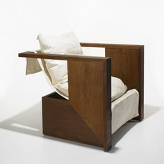 R.M. Schindler's Kings Road Sling Chair from 1922. Simplicity and elegance. Nowadays made by Marmol Radzinger authorized by the Friends of the Schindler House/MAK Center.