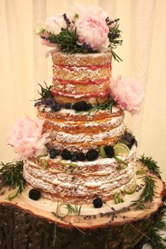 Daily Wedding Cake Inspiration (New!)