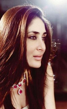 Shine a light. #Kareena #Bollywood