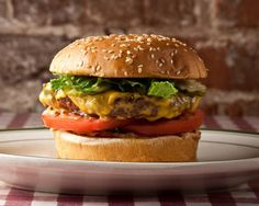 The 101 Best Burgers in America   Forget fast food, try these great burgers! #food #delicious #boomerangdining