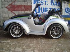 Mini me..... Smart Car Body Kits, Baby Cars, Funny Cars, Car Tuning, Kit Cars, Small Cars, Car Humor, Mini Me, Cartoon Styles