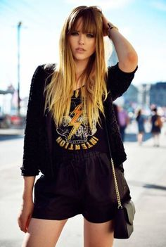 Kristina Bazan of KAYTURE sporting a printed tee.love the hair Long Haircuts With Bangs, Long Hair With Bangs, Long Hair Cuts, Long Hair Styles, Ombré Hair, New Hair, Latest Hairstyles, Hairstyles With Bangs, Fresh Hair