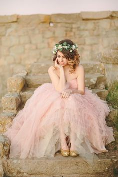 Photography Poses Prom Weddings 56 Ideas For 2019 Quinceanera Photography, Wedding Photography Poses, Girl Photography, Photography Ideas, Prom Dress Photography, Photography Flowers, Maternity Photography, Quince Pictures, Prom Pictures