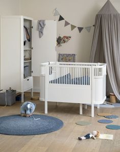 The perfect luxury baby cot for your Modern Scandi inspired nursery. The Sebra Juno cot bed is designed to grow with your child from newborn to 6 years of age. Zebra Bedding, Cot Bedding, White Bedding, Nursery Furniture, Large Furniture, White Furniture, Nursery Modern, Modern Kids, Baby Bedding
