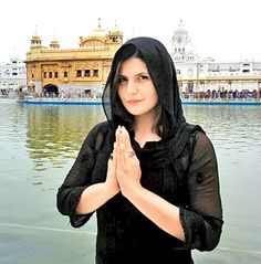 Zarine (Zareen) Khan at the Golden Temple. #Style #Bollywood #Fashion #Beauty