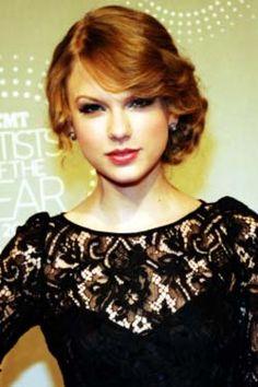 Taylor Swift - Romantic Side Swept Bang!