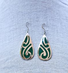 Your place to buy and sell all things handmade 80s Earrings, Drop Earrings, Craft Items, Malachite, Sterling Silver Earrings, Vintage Jewelry, Buy And Sell, Pattern, Handmade
