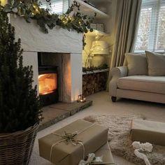 Cosy Christmas, Christmas Feeling, Christmas Time, White Christmas, Interior And Exterior, Interior Design, Christmas Aesthetic, Sweet Home, Room Decor