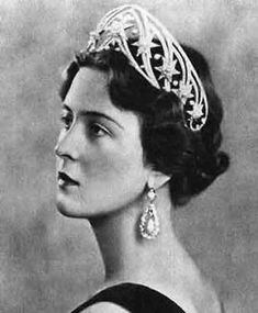Cecilie of Hesse, wearing the Hesse Star Tiara before it was stolen in WWII and never recovered. Description from pinterest.com. I searched for this on bing.com/images