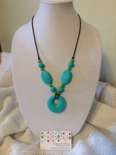 Diy make your own silicone teething necklace my friend baylee got chompy circle silicone teething pendant by chompychicchewlery 1800 mozeypictures Images