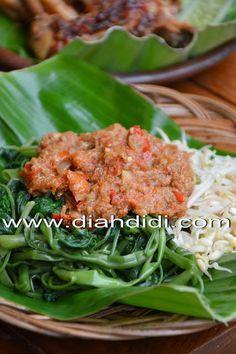 Diah Didi's Kitchen: Plecing Kangkung