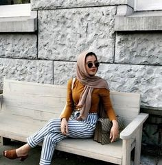 Baru Hijab Fashion : Summer maxi skirts and wide pants with hijab – Just Trendy Girls Modest Wear, Modest Outfits, Simple Outfits, Pretty Outfits, Summer Outfits, Pretty Clothes, Islamic Fashion, Muslim Fashion, Modest Fashion