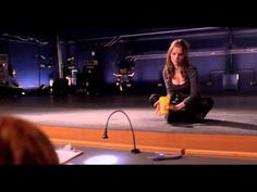 Anna Kendrick - Pitch Perfect - Learn Cup Song & Routine in 5 minutes Tutorial Pitch Perfect Music, Pitch Perfect Beca, Anna Kendrick Pitch Perfect, Pitch Perfect 2012, Perfect Cup, Perfect Party, Anna Kendrick Cup Song