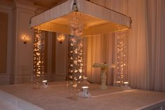 Lucite Chuppah with suspended orchids from http://boldamerican.wordpress.com