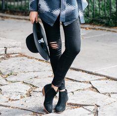 Sarah Black Distressed Skinny Jeans