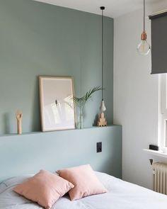 Tons pastéis para um quarto bem tranquilo... #night #sunday #bedroom #designdeinteriores #decor #color #home #arquitetura #interior #instadecor #homeidea #tweeinteriores Fonte: roomin.be