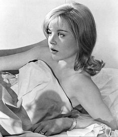 'Lolita' star Sue Lyon is dead at Sue Lyon died at 73 in Los Angles on Thursday afternoon. 'Lolita' star Sue Lyon died on Thursday in Los Angles Vladimir Nabokov, Tennessee Williams, New York Times, Sue Lyon, Night Of The Iguana, Dolores Haze, Diana, Marvin, Interview