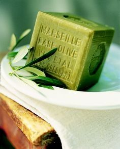 Image of Marseille olive soap. -Tentance