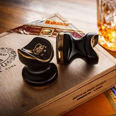 """LUBINSKI- 2 pcs Pocket Ceramic Cigar Holder - Enjoy your cigar! A simple but elegant holder for your cigar. One cigar smoker said that: """"I have always hated having to place my cigar in a dirty ashtray, but there was really no alternative."""" These cigar holders are really good alternatives for your cigars.    #cigar #cigarcase #cigarlife #smoker #cigaraficionado #cigarsociety #cigarsnob #cigarworld #cohiba #cuban #humidor #habanos #holder #entrepreneurship #affiliate #luxurylifestyle…"""