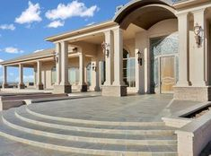 725 Uvas Springs Rd, Hatch, NM 87937 | MLS #1900036 | Zillow Modern Front Yard, Desert Climate, Home List, Home And Family, Sweet Home, Exterior, Mansions, House Styles, Home Decor