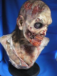 The Walking Dead Life Size Zombie Bust Series 1 FX Studio Made Signed ETD | eBay