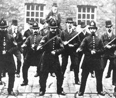 victorian-cops.jpg 437×368 pixels
