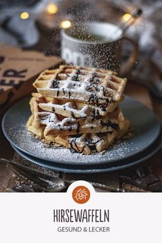Recipe for millet waffles Millet waffles: healthy and delicious. Millet is also good for hair, skin Low Calorie Breakfast, Paleo Breakfast, Breakfast Recipes, Food Cakes, Healthy Sweets, Waffles, Cake Recipes, Sweet Tooth, Bakery