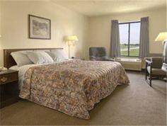 Dog friendly hotel in Granite City, IL from $71/night - Days Inn Pontoon Beach   Granite City, IL