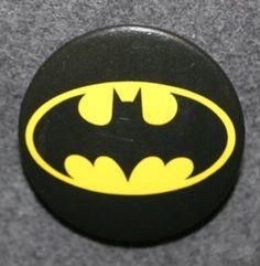 Batman, 1989 DC Comics Bat Signal, Superhero Logos, Dc Comics, Badge, Batman, Art, Art Background, Kunst, Performing Arts