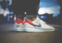 Nike Air Sarone Retro Sneakers, Best Sneakers, Sneakers Nike, Mens Walking Shoes, Comfy Walking Shoes, Mens Loafers Shoes, Loafer Shoes, Hypebeast, Leather Men