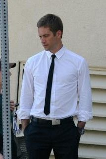 Paul on set of Takers