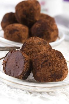 French Chocolate, Chocolate Sweets, Chocolate Truffles, Chocolate Recipes, Sweet Recipes, Cake Recipes, Dessert Recipes, Mini Desserts, Just Desserts