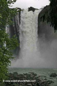 Snoqualmie Falls (near Seattle / Issaquah, Washington, USA)