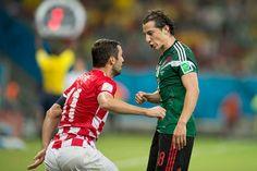 México consigue su pase a Octavos de Final, tras vencer 3-1 a Croacia, y se medirá ante Holanda el domingo a las 11:00 horas por su boleto a la siguiente ronda #VivaBrasil