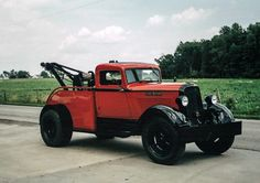 '33 Dodge Tow Truck