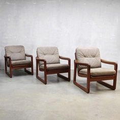 Located using retrostart.com > Lounge Chair by Unknown Designer for Unknown Manufacturer