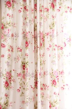 Beautiful and elegant french cottage rose curtain will be the focal point in your cottage decor / farmhouse decor/ victorian decor. Shabby Chic Rose Curtains, Cottage Shabby Chic, Shabby Chic Mode, Style Shabby Chic, Shabby Chic Bedrooms, Shabby Chic Kitchen, Shabby Chic Furniture, Shabby Chic Decor, French Cottage