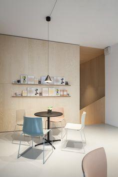 Studio Lievore Altherr ridisegna lo showroom Arper di Milano