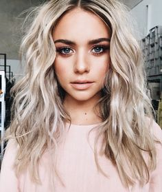 35 Shades of Blonde Hair Color Ideas – Hair Colour Style Blonde hair models – Hair Models-Hair Styles Blonde Hair Shades, Blonde Color, Makeup For Blonde Hair, Beachy Blonde Hair, Girls With Blonde Hair, Blonde Hair For Pale Skin, Blonde Hair Fringe, Platnium Blonde Hair, Cool Toned Blonde Hair