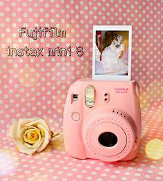 Mi new camera: FUJIFILM INSTAX MINI 8