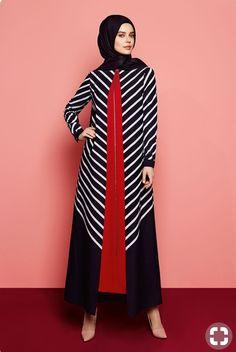Batik Fashion, Abaya Fashion, Fashion Dresses, Muslim Women Fashion, Islamic Fashion, Modest Dresses, Elegant Dresses, Simple Long Dress, Moslem Fashion