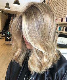 49 hottest hair color trends for 2019 new hair color ideas 48 – JANDAJOSS.ME 49 hottest hair color t Blonde Hair Looks, Brown Blonde Hair, Sandy Blonde Hair, Medium Blonde Hair, Blonde Hair Dyes, Dying Hair Blonde, Long Blond Hair, Loose Curls Medium Length Hair, Cool Toned Blonde Hair