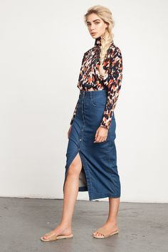 madewell denim midi skirt worn with the oversized boyshirt ...