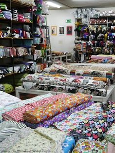 Button and Snap guide to fabric stores in Berlin