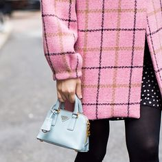 Mini Handbags: New Fashion Trend On City Streets - Fashion and Glow Mini Handbags, New Fashion Trends, Hermes Birkin, Well Dressed, Graphic Sweatshirt, Plaid, Street Style, Sweatshirts, Sweaters