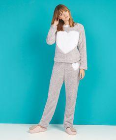 Fluffy heart sweatshirt, null€ - null - Find more trends in women fashion at Oysho . Pyjamas, Pjs, Angora, Normcore, Jumpsuit, Sweatshirts, Winter, Womens Fashion, Shopping