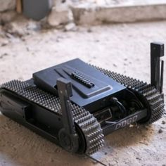 The mini UGV DOGO is a robotic platform providing high portability and maneuverability along with tactical combat and attack capabilities. Military Robot, Mobile Robot, Real Robots, Indian House Plans, Robotics Projects, Thermal Imaging Camera, Rc Cars And Trucks, Toys, Tanks