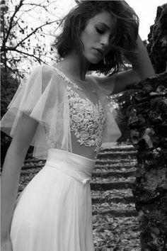 Colección de Vestidos de Novia de Liz Martinez 16